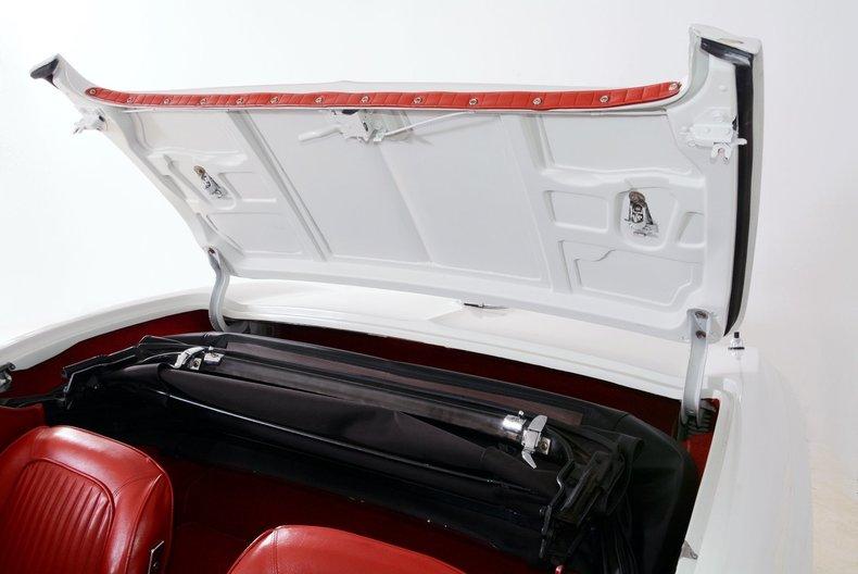 1963 Chevrolet Corvette Image 21