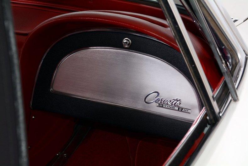 1963 Chevrolet Corvette Image 22