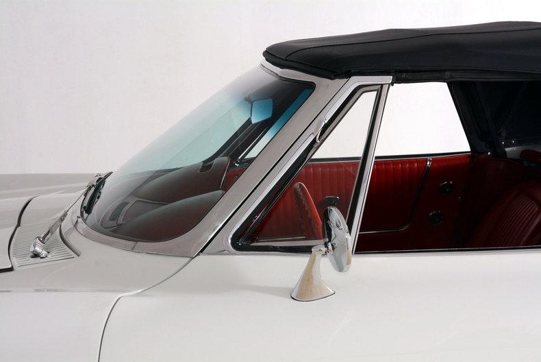 1963 Chevrolet Corvette Image 27