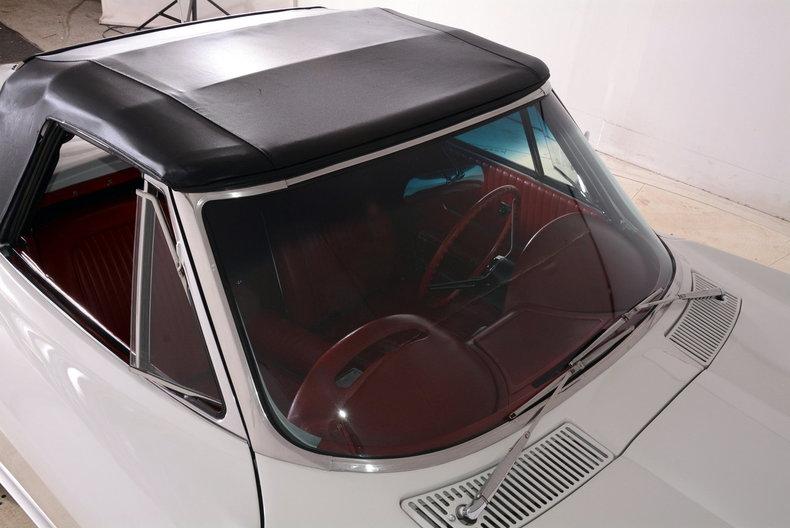 1963 Chevrolet Corvette Image 33