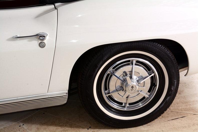 1963 Chevrolet Corvette Image 42