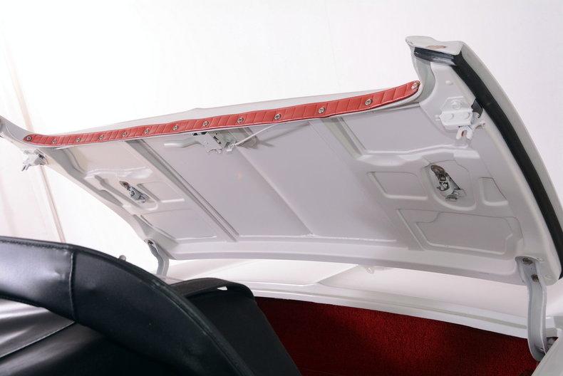 1963 Chevrolet Corvette Image 57