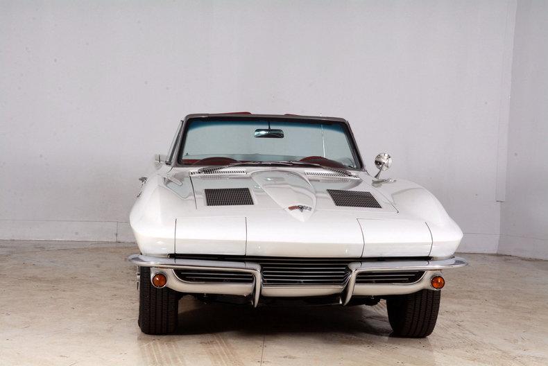 1963 Chevrolet Corvette Image 58