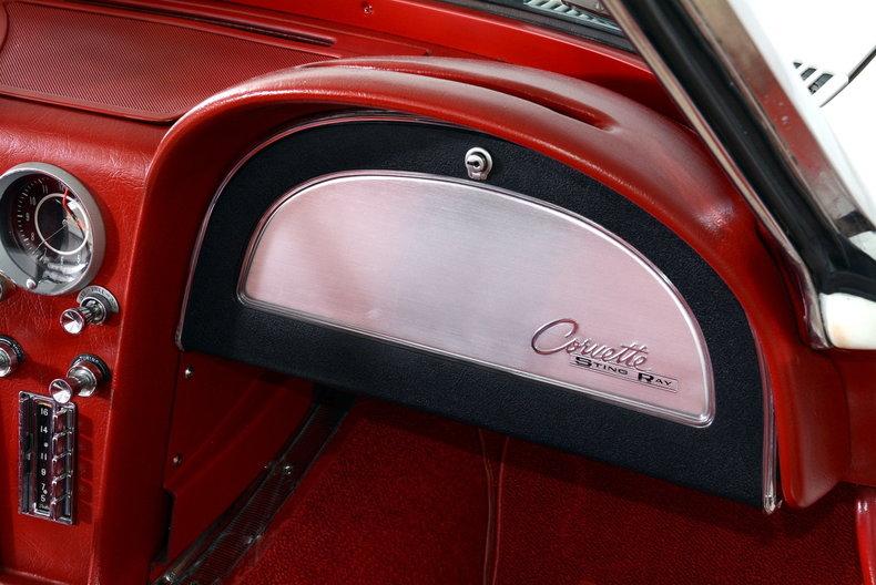 1963 Chevrolet Corvette Image 61
