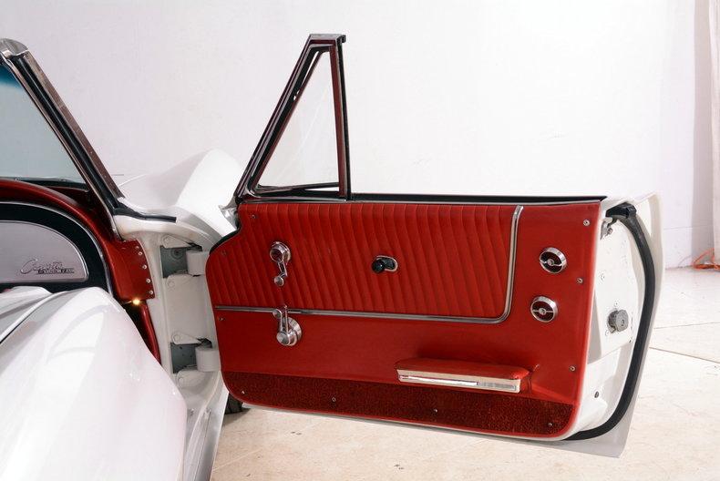 1963 Chevrolet Corvette Image 71