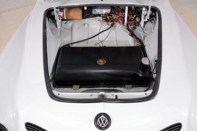 1964 Volkswagen Karmann Ghia Image 16