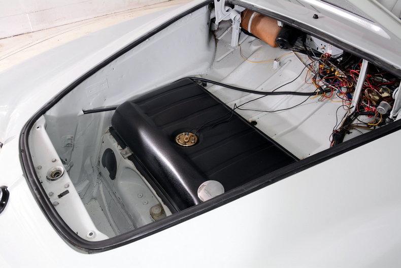 1964 Volkswagen Karmann Ghia Image 33