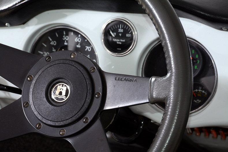 1964 Volkswagen Karmann Ghia Image 39