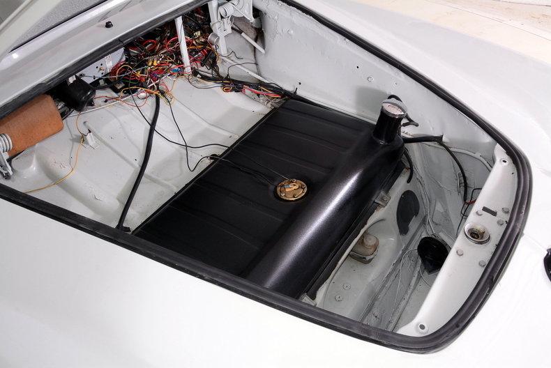 1964 Volkswagen Karmann Ghia Image 65