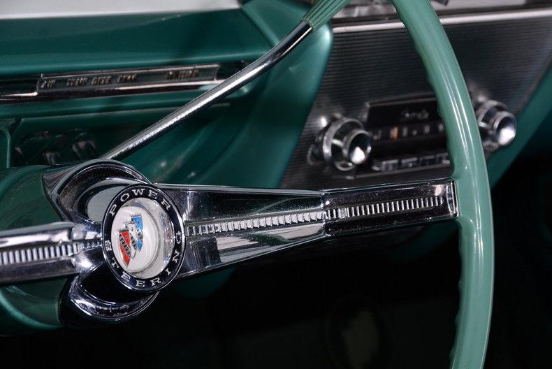 1961 Buick LeSabre Image 6