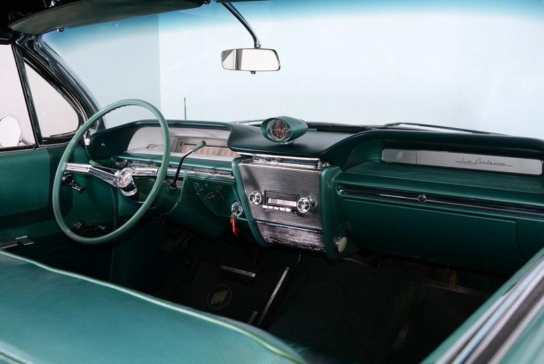 1961 Buick LeSabre Image 8