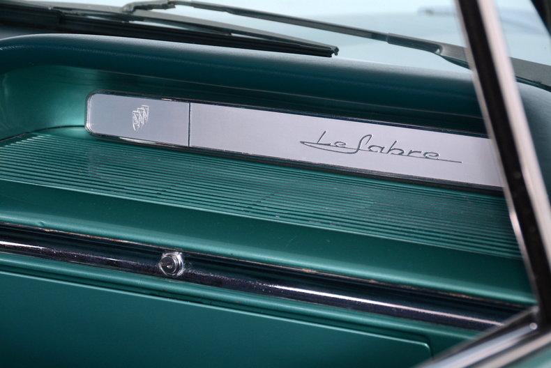 1961 Buick LeSabre Image 10