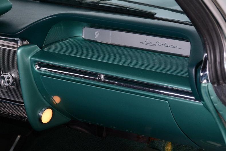 1961 Buick LeSabre Image 12