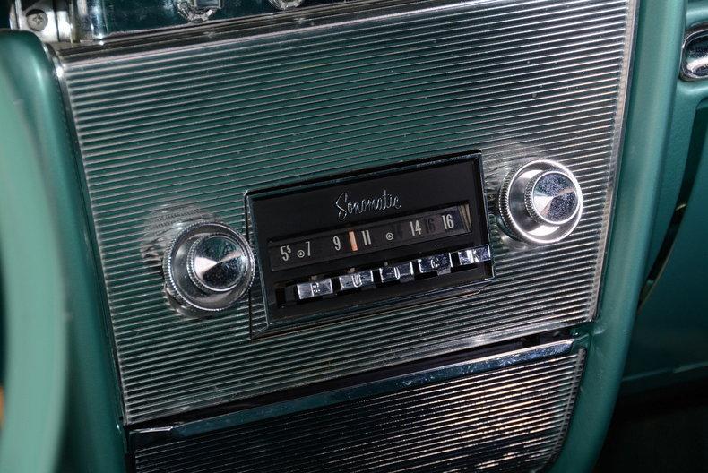 1961 Buick LeSabre Image 17