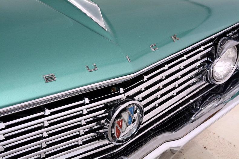 1961 Buick LeSabre Image 22