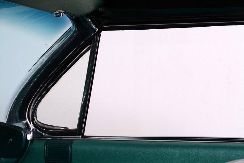 1961 Buick LeSabre Image 23
