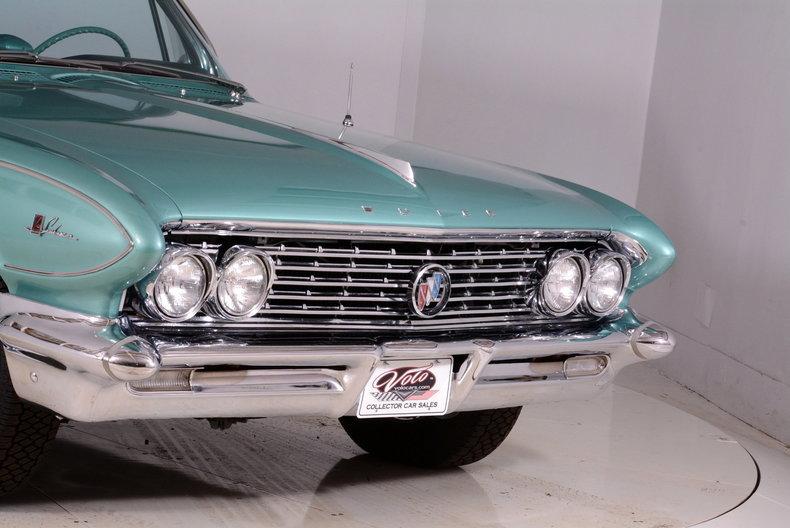 1961 Buick LeSabre Image 24