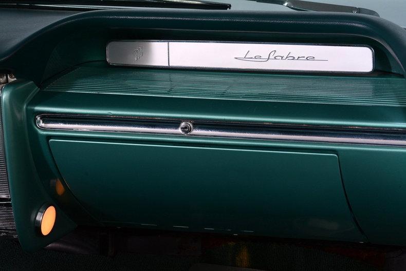 1961 Buick LeSabre Image 34