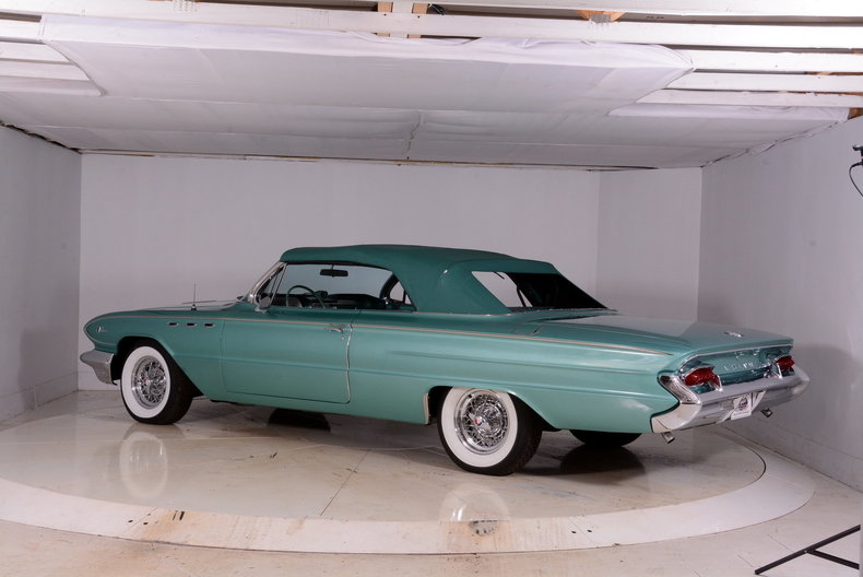 1961 Buick LeSabre Image 36