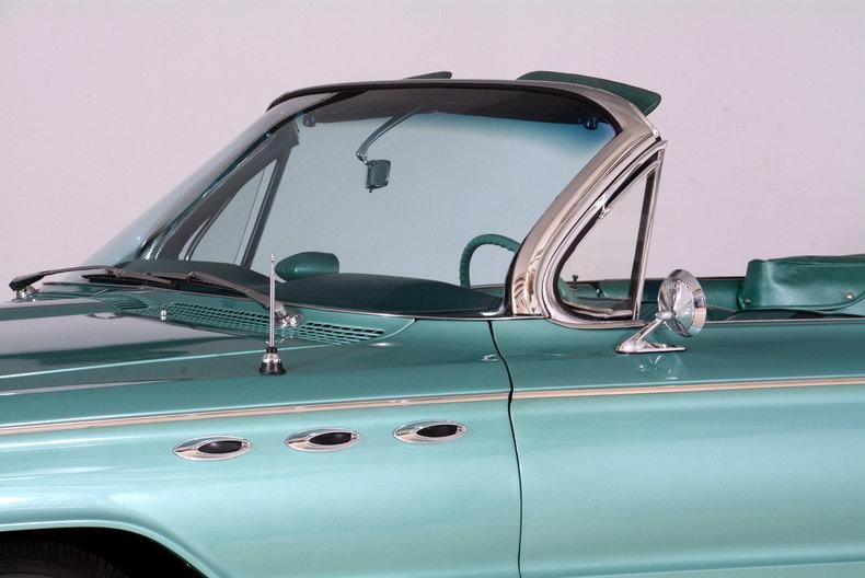 1961 Buick LeSabre Image 38
