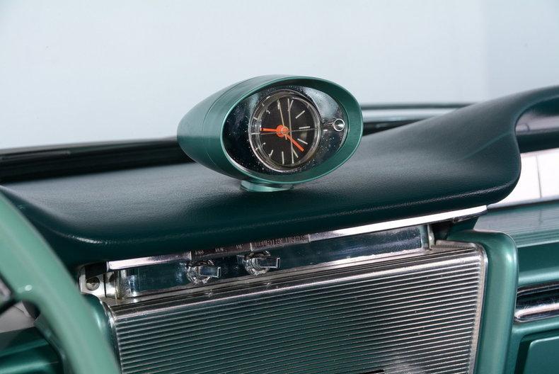 1961 Buick LeSabre Image 45
