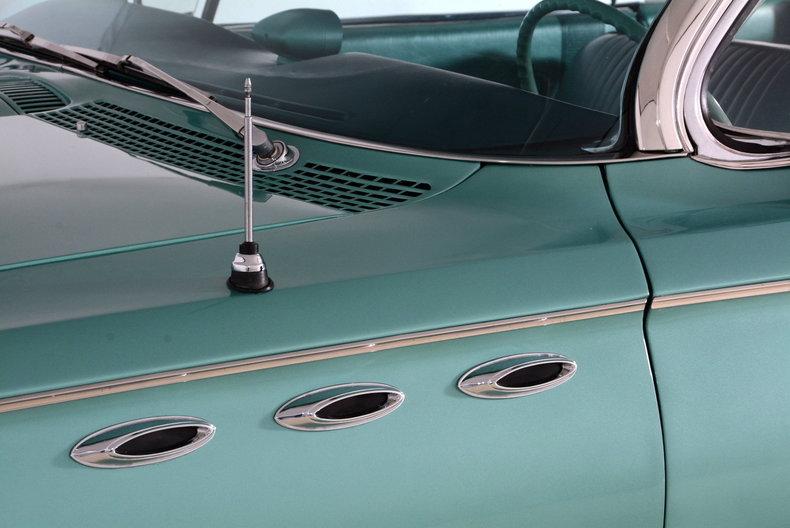 1961 Buick LeSabre Image 53