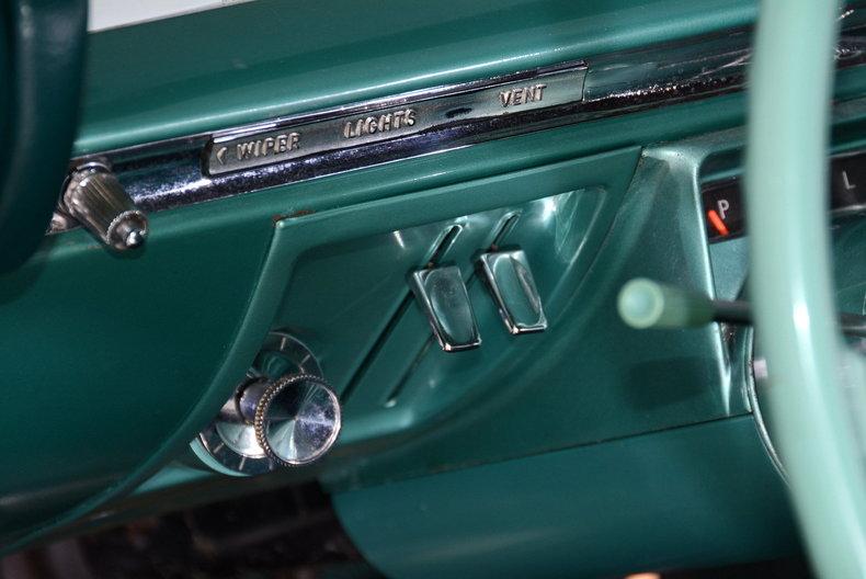 1961 Buick LeSabre Image 58