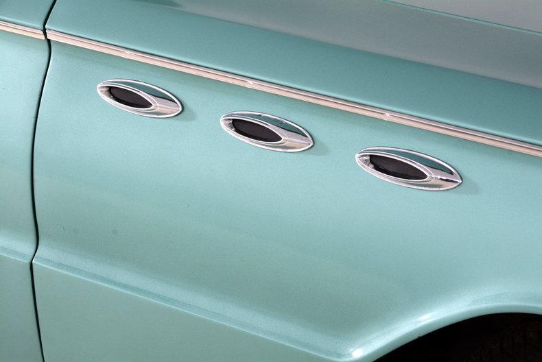 1961 Buick LeSabre Image 59