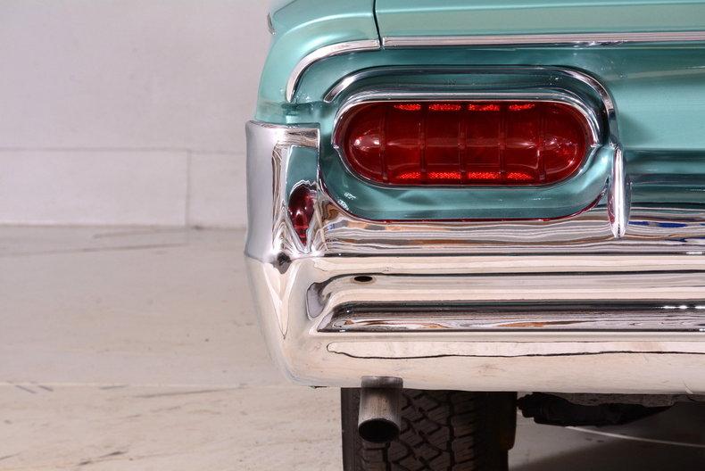 1961 Buick LeSabre Image 62