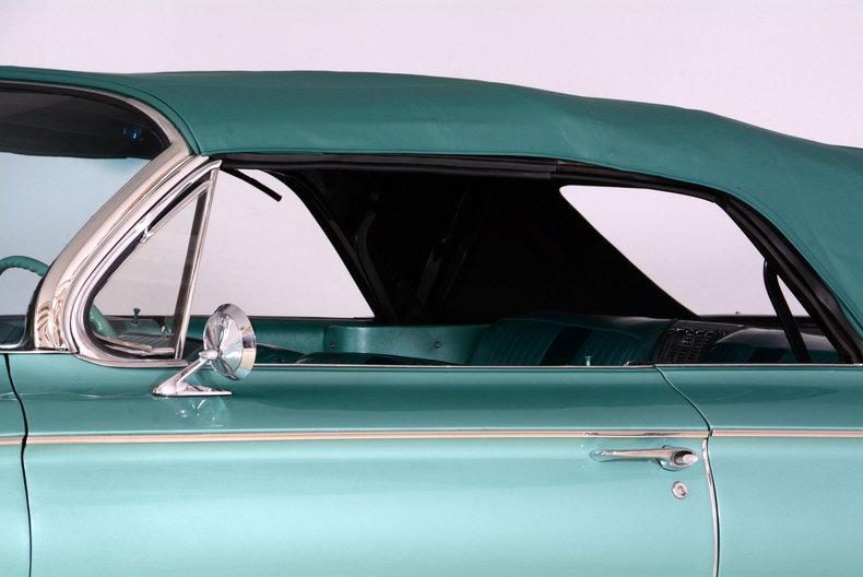 1961 Buick LeSabre Image 64