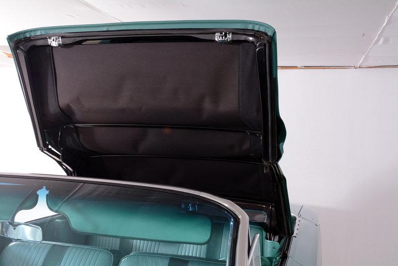 1961 Buick LeSabre Image 66