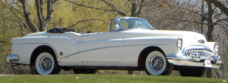 1953 Buick Skylark Image 2