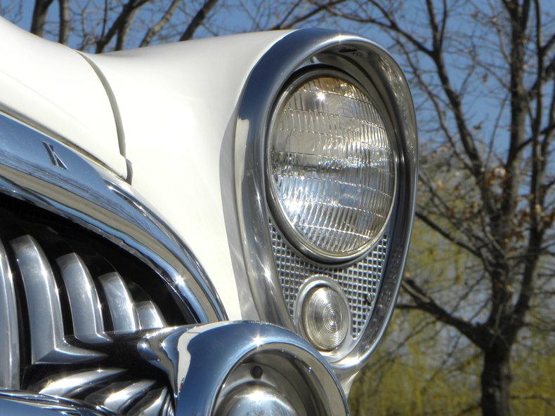 1953 Buick Skylark Image 13