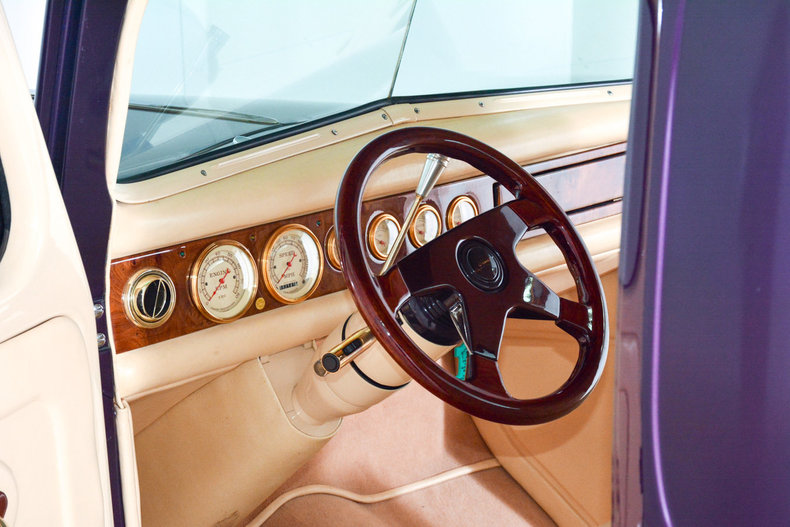 1940 Ford Custom Image 2