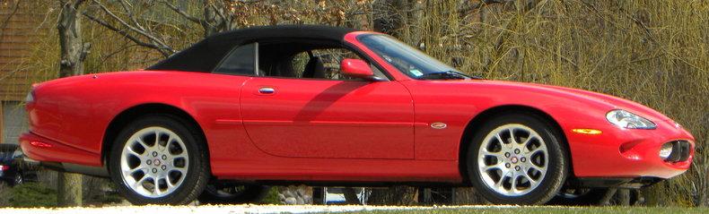 2000 Jaguar XKR Image 7