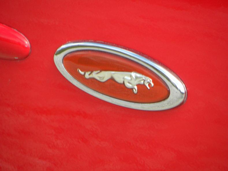 2000 Jaguar XKR Image 8