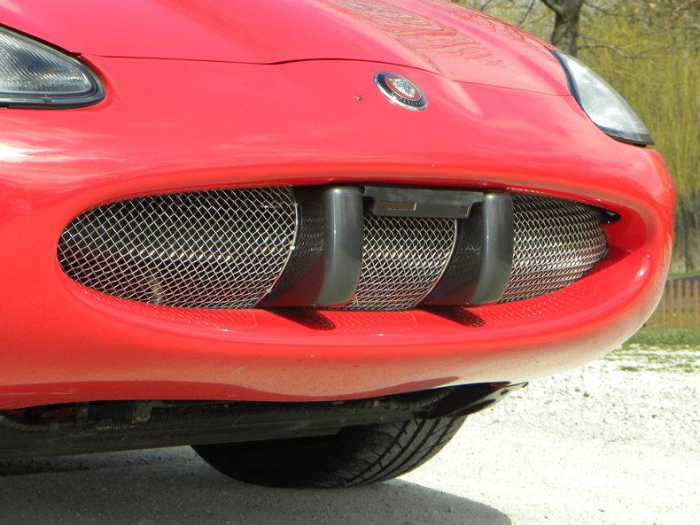 2000 Jaguar XKR Image 11