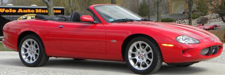 2000 Jaguar XKR Image 24