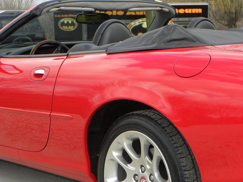 2000 Jaguar XKR Image 37