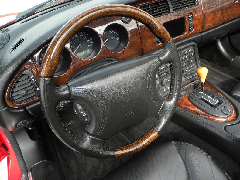 2000 Jaguar XKR Image 54