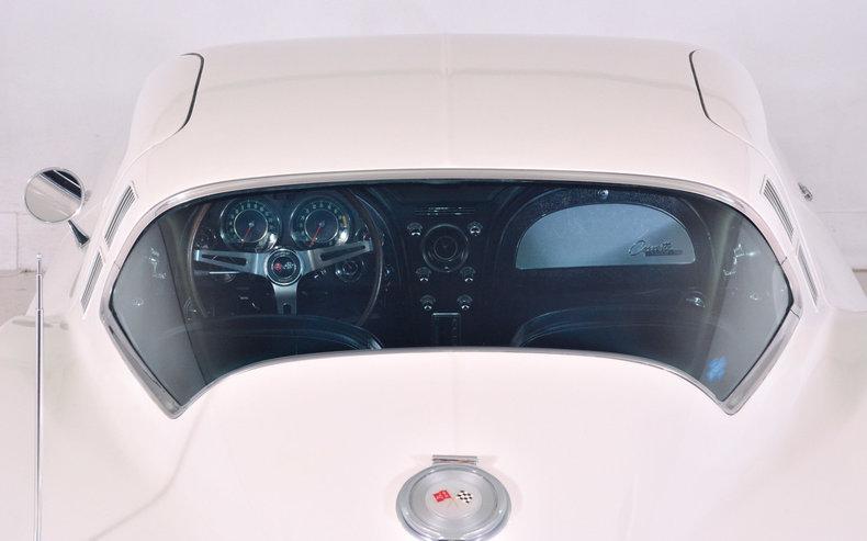 1964 Chevrolet Corvette Image 12