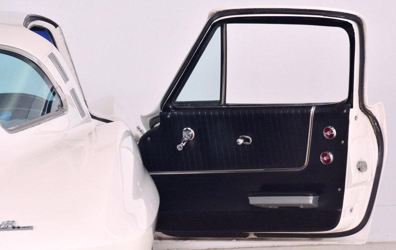 1964 Chevrolet Corvette Image 20