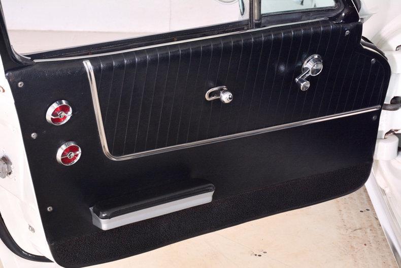 1964 Chevrolet Corvette Image 22