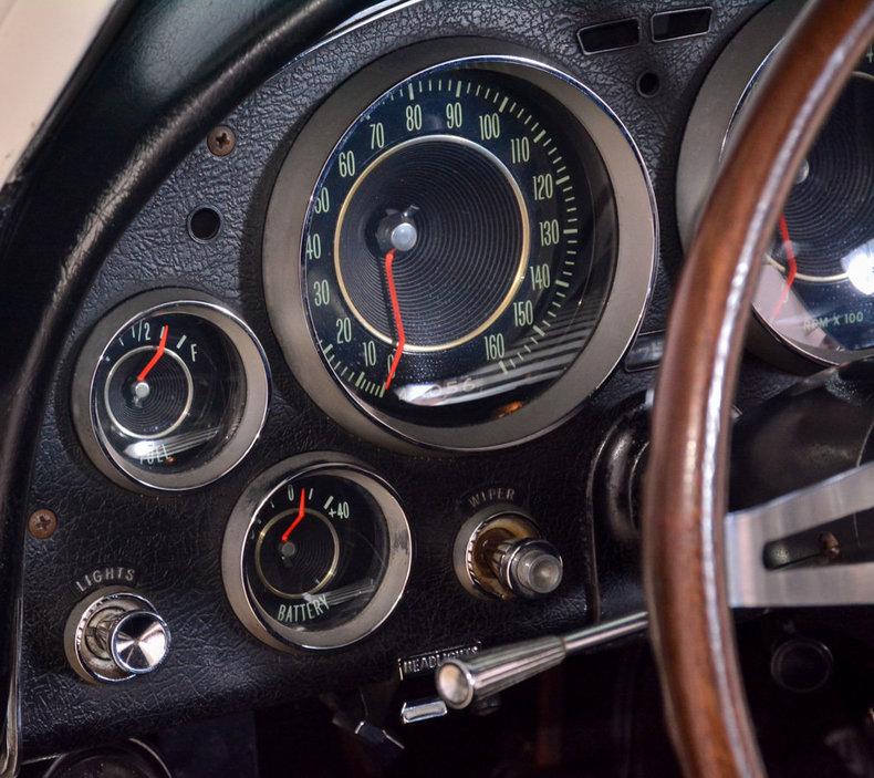1964 Chevrolet Corvette Image 24