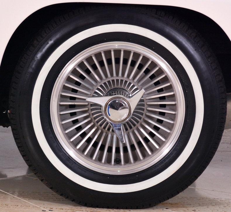 1964 Chevrolet Corvette Image 21