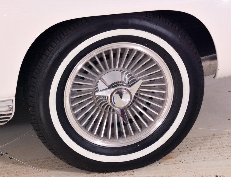 1964 Chevrolet Corvette Image 35