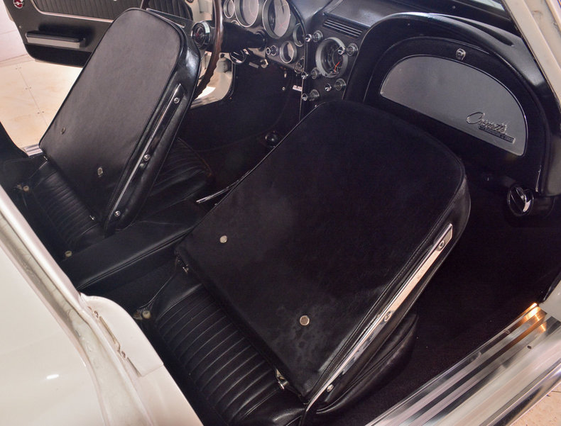 1964 Chevrolet Corvette Image 58
