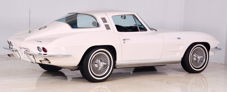 1964 Chevrolet Corvette Image 3