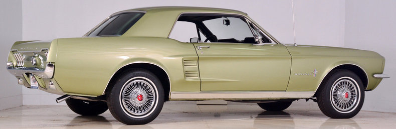 1967 Ford Mustang Image 3