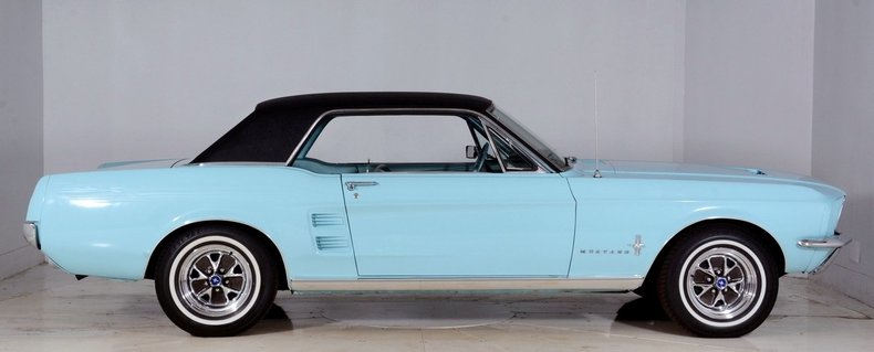 1967 Ford Mustang Image 32
